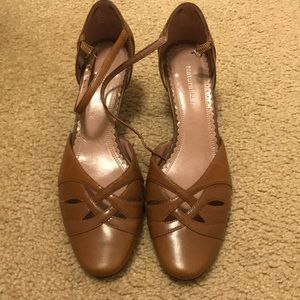 Tan Naturalizer Low Heels -Sz 6